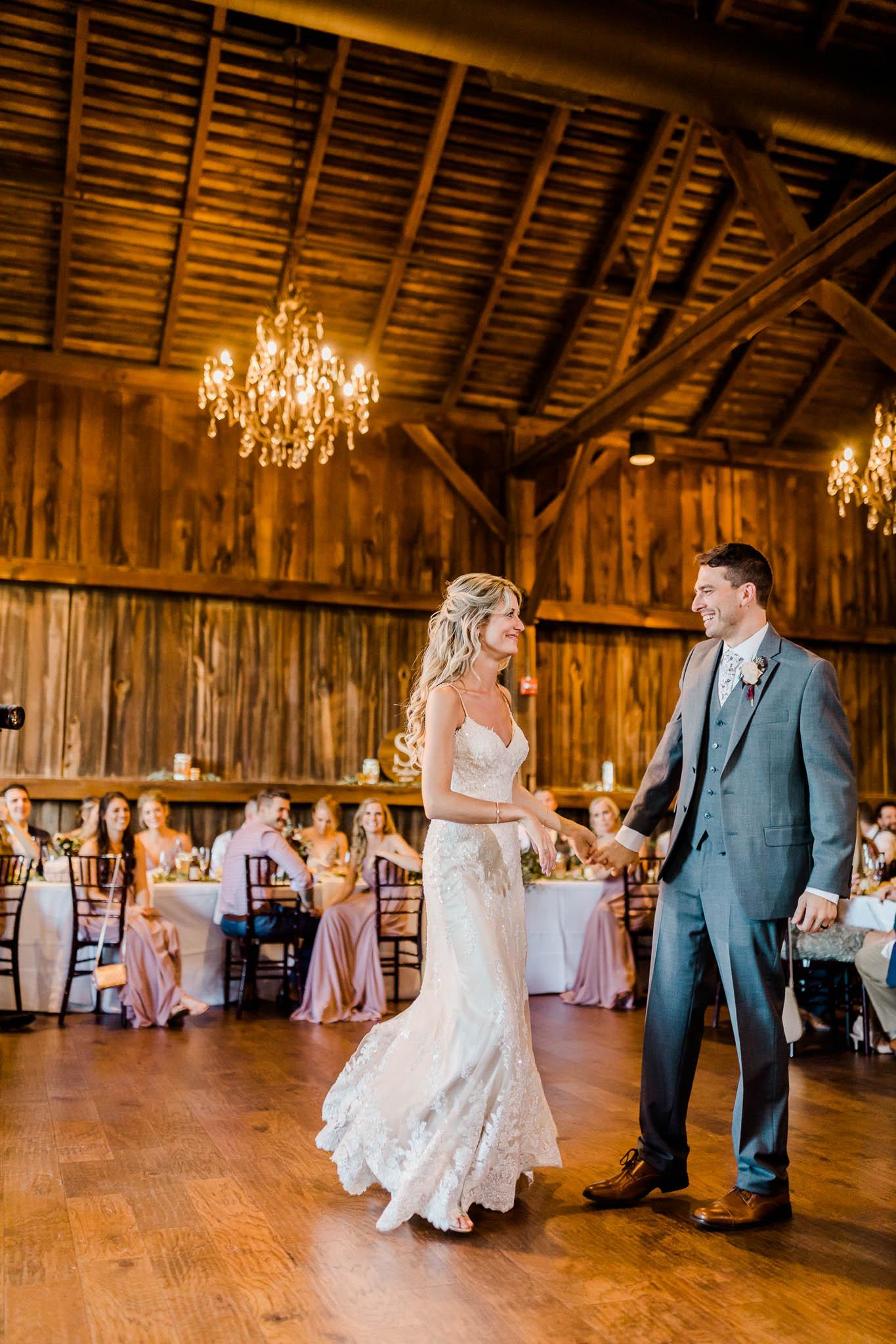 Frosty-Valley-September-Wedding-8096.jpg