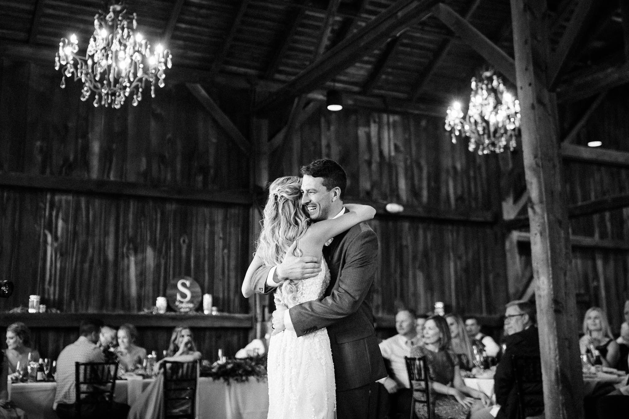 Frosty-Valley-September-Wedding-8110.jpg