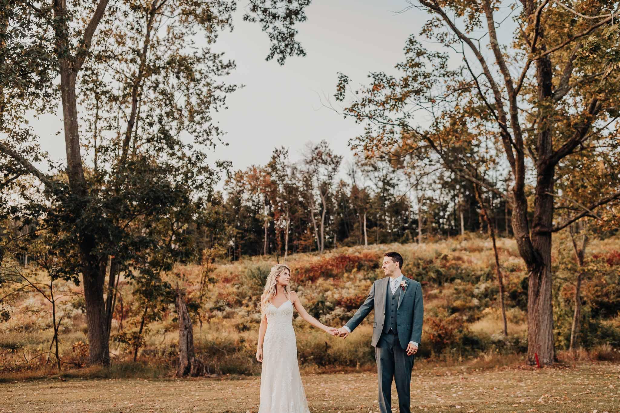 Frosty-Valley-September-Wedding-8197.jpg