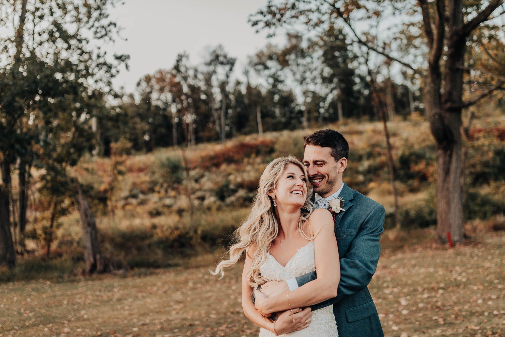Frosty-Valley-September-Wedding-8234.jpg