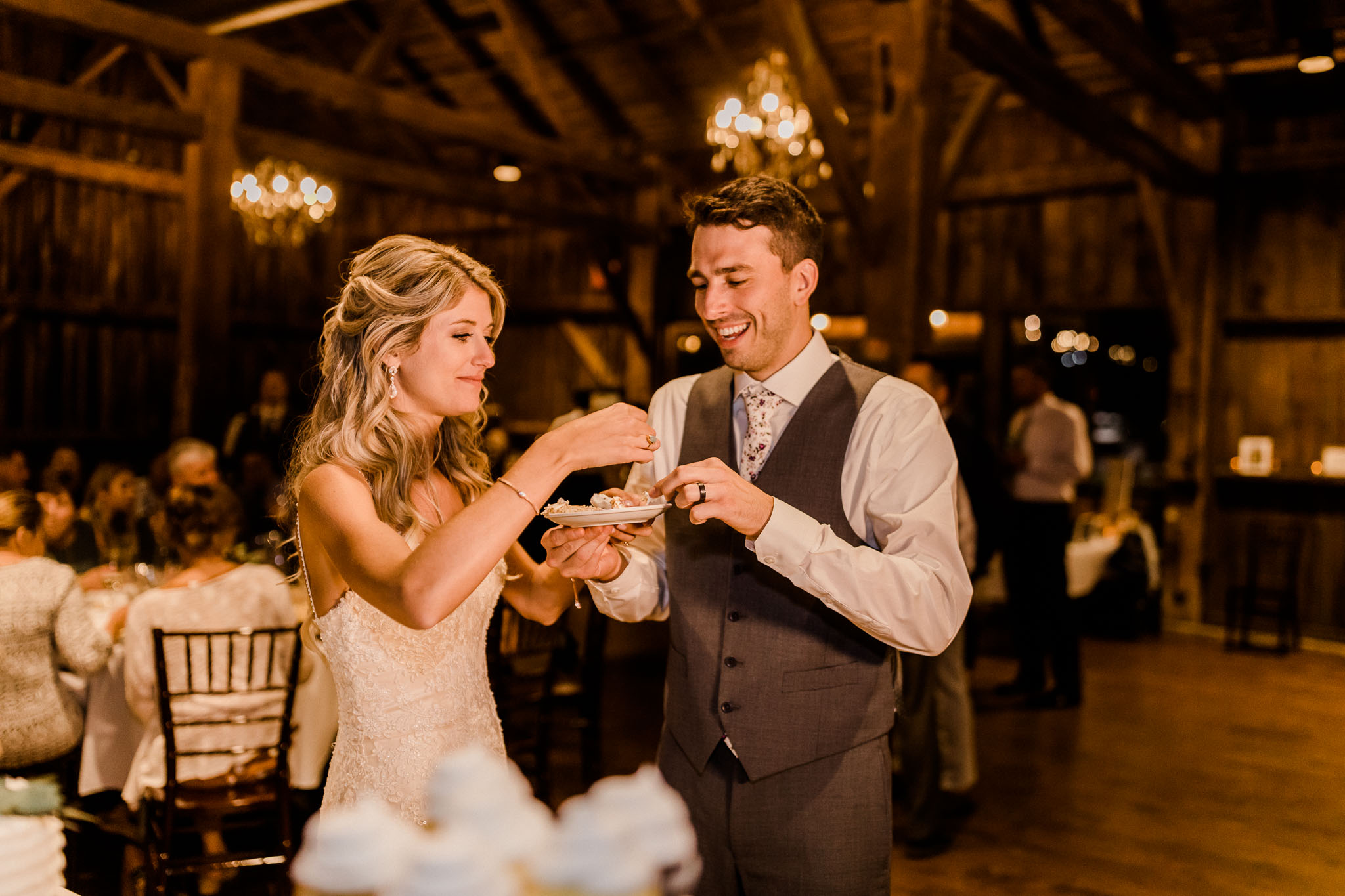 Frosty-Valley-September-Wedding-8304.jpg