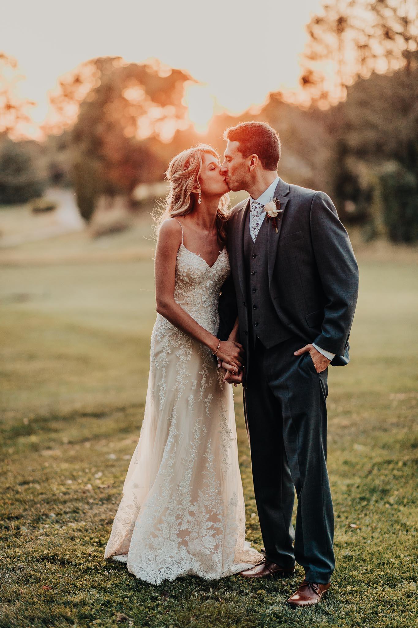 Frosty-Valley-September-Wedding-8433.jpg