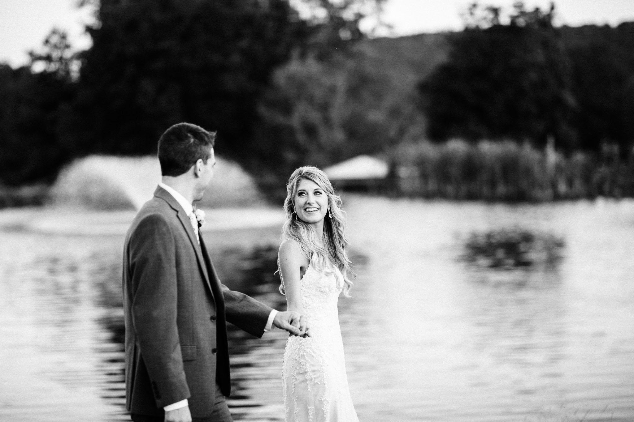 Frosty-Valley-September-Wedding-8450.jpg