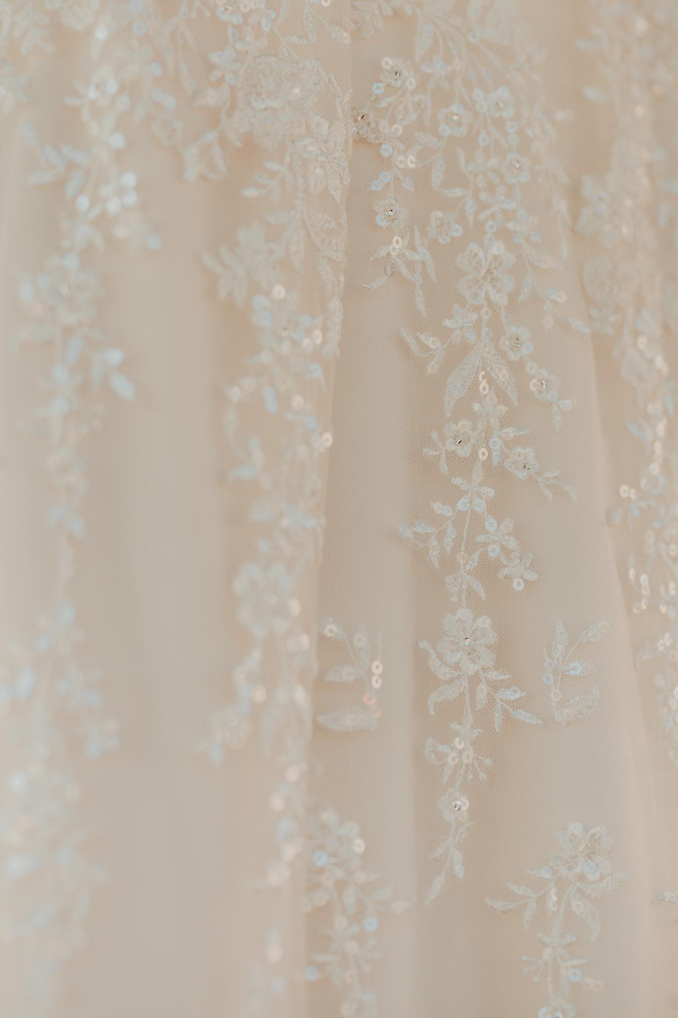 Frosty-Valley-September-Wedding-9857.jpg