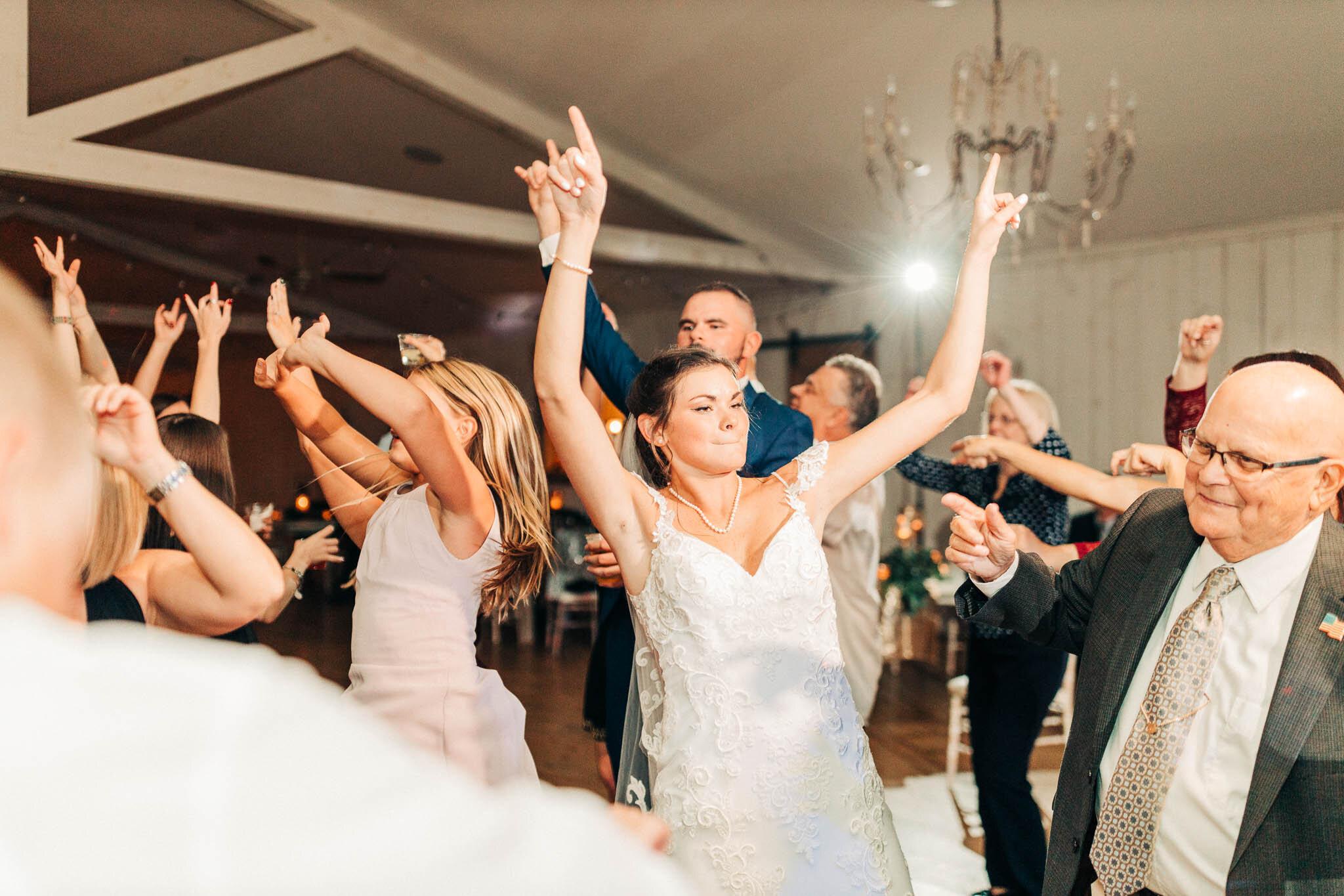 whitewoods-fall-wedding-9397.jpg