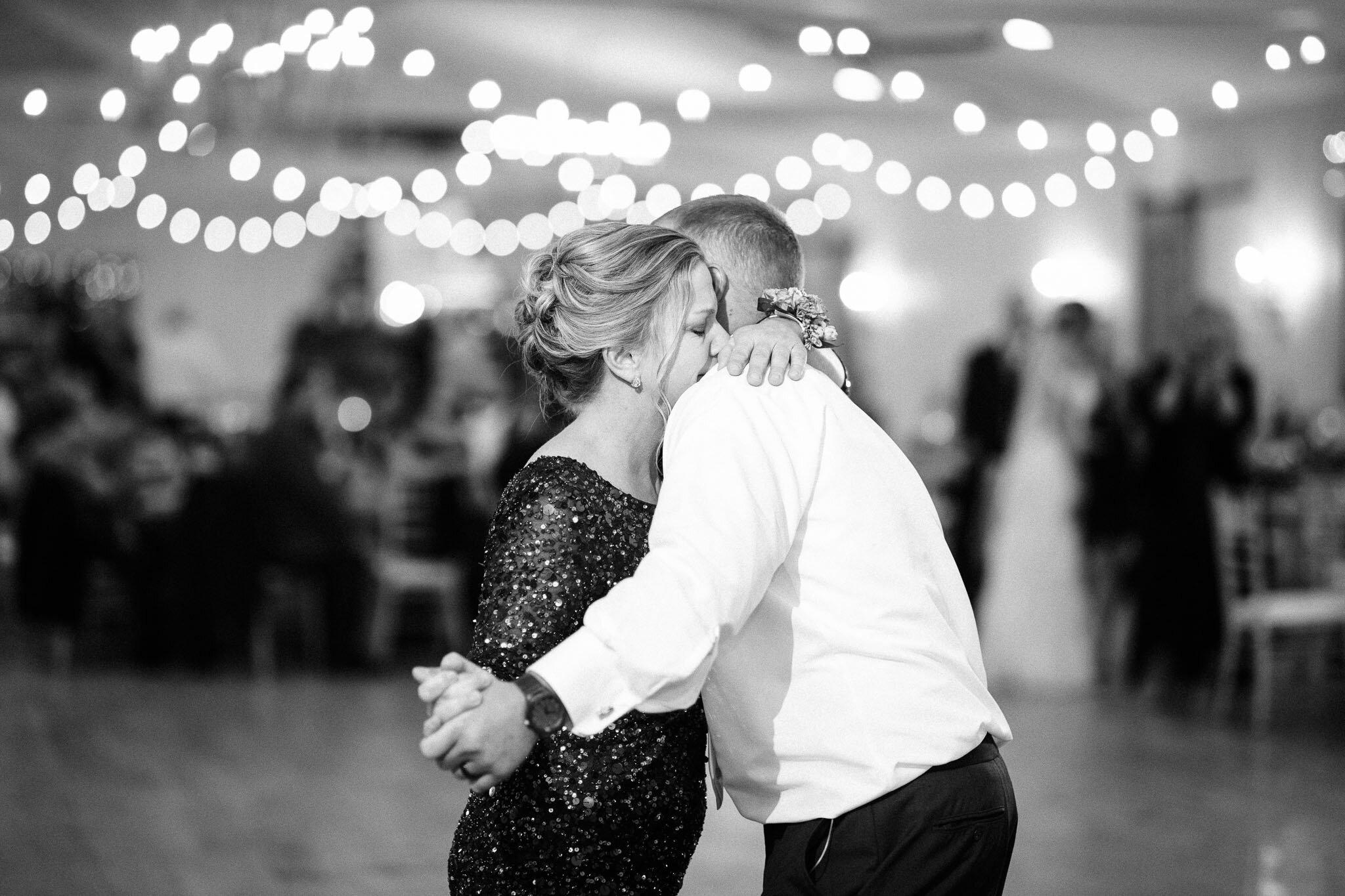 whitewoods-fall-wedding-2596.jpg