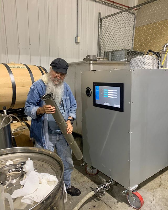 Loading some spirits into the micro-ox machine for accelerated oak aging 🤓 in 6 days this liquor will be aged 6 years!! #science #wrcdistillery
