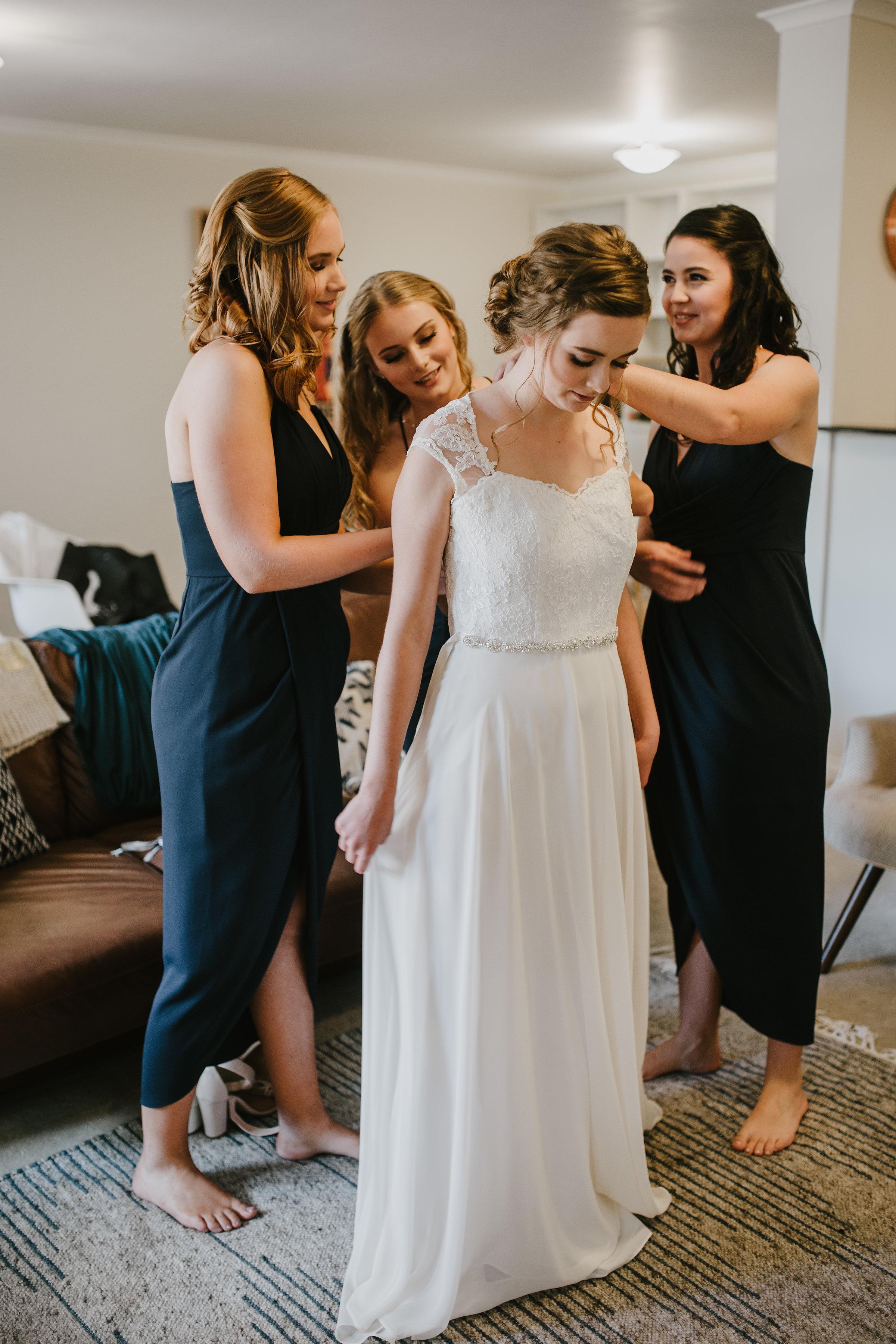 Canberra-ACT-Wedding-Eliesha-Claire-Makeup-Artistry-N&B.jpg