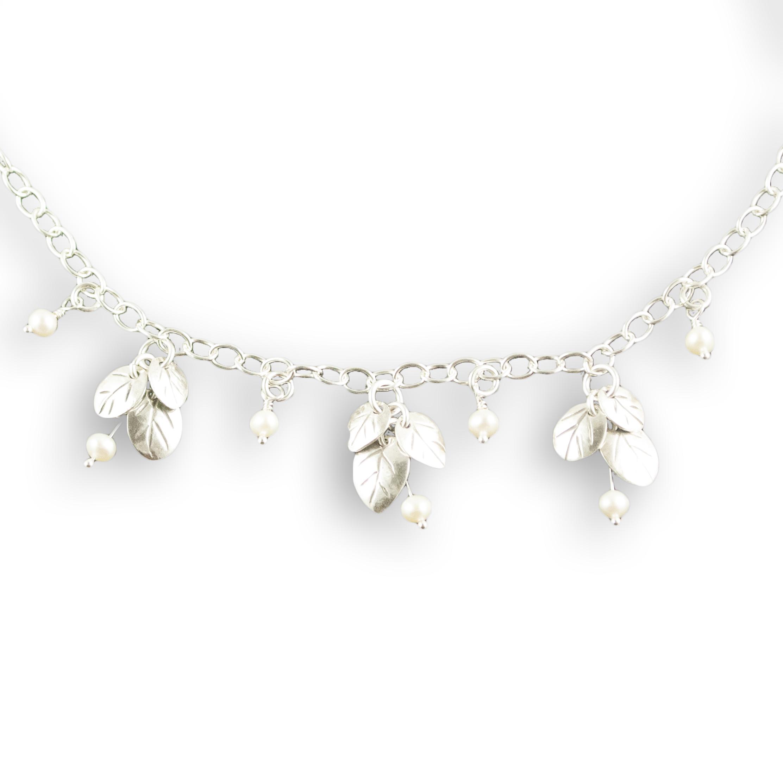 foglia bridal triple cluster necklace.jpg