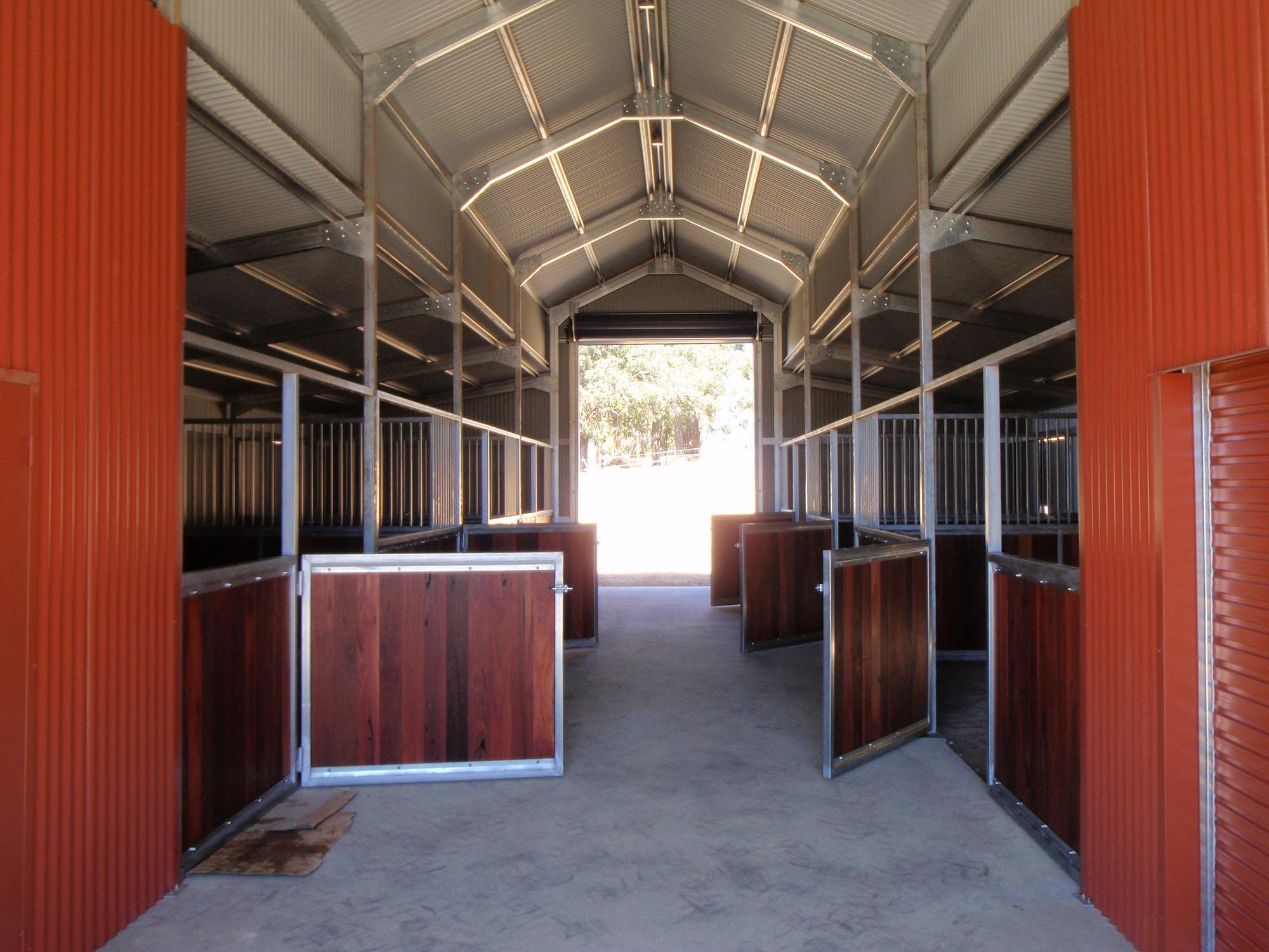 Bachofen_Bridgetown-horse_stable_swing_doors_with_Jarrah.jpg
