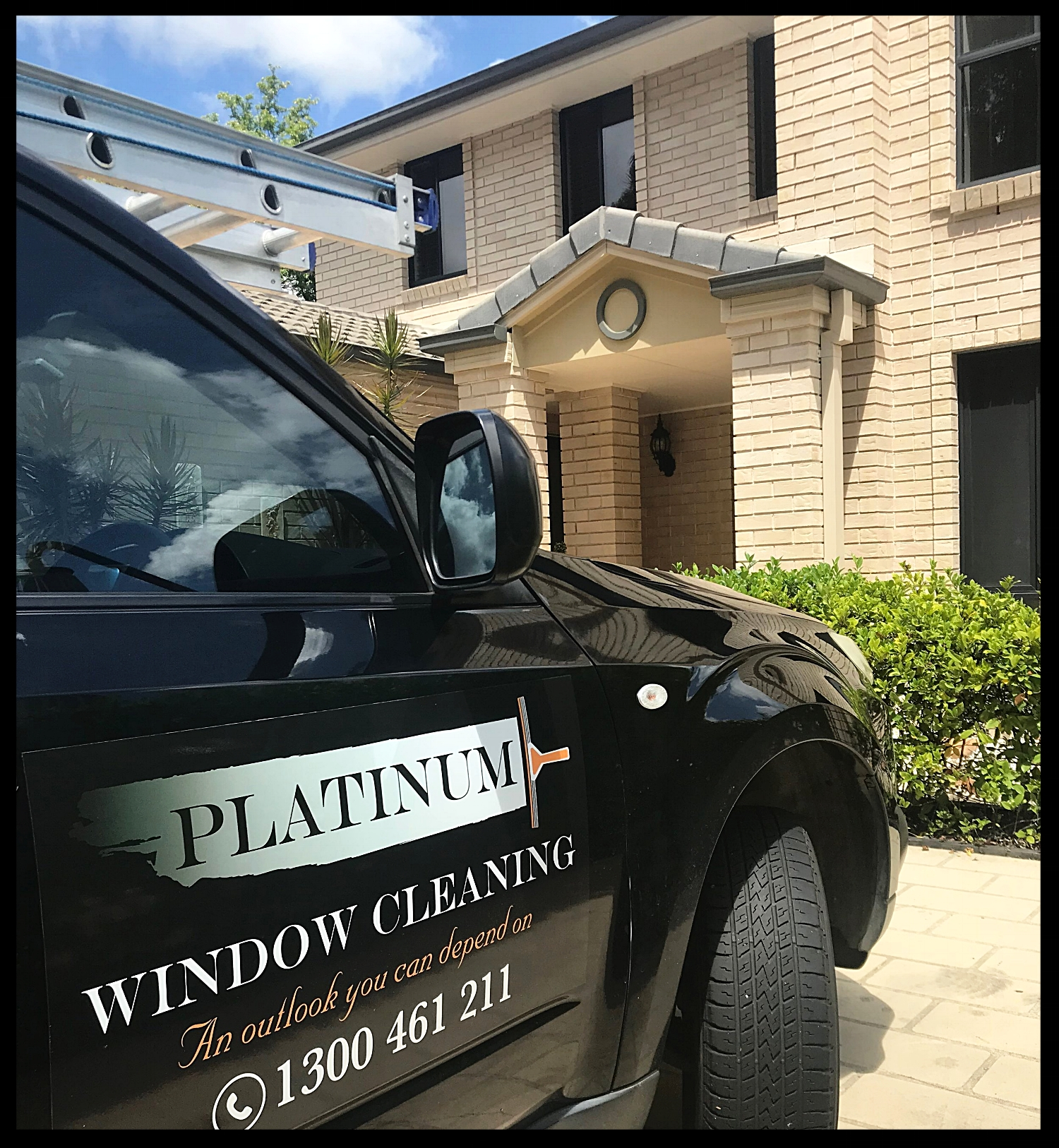 commercial_window_cleaning_service.jpg