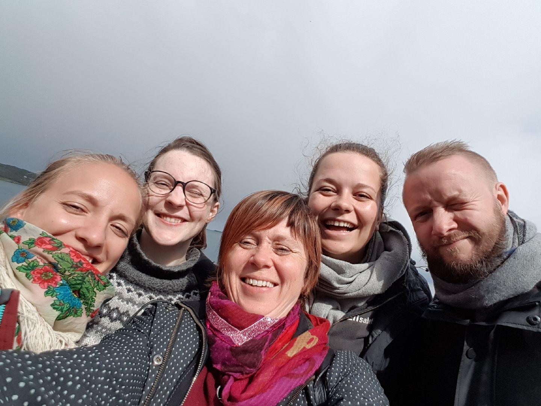 Gjett Fra venstre: Tuva Færden, Torill Steinjord, Siri Mæland, Elisabeth Syrdahl Ellingsen og Sigurd Johan Heide