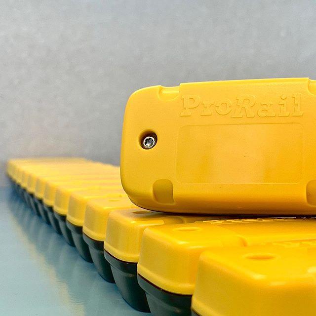Mooie serie ultra-low power sensoren volledig in de huisstijl van de klant. #trots #iot #sensoren #prorail