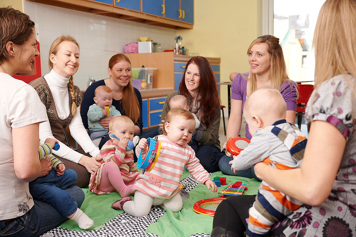 Group-Of-Mothers-With-Babies-At-Playgroup-172478904_5867x3911-(1).jpg