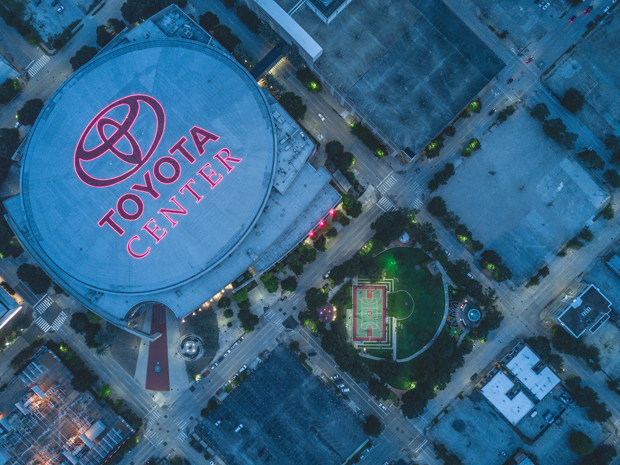 Toyota-Branding-Stadium-Large-Advertising_LR.jpg