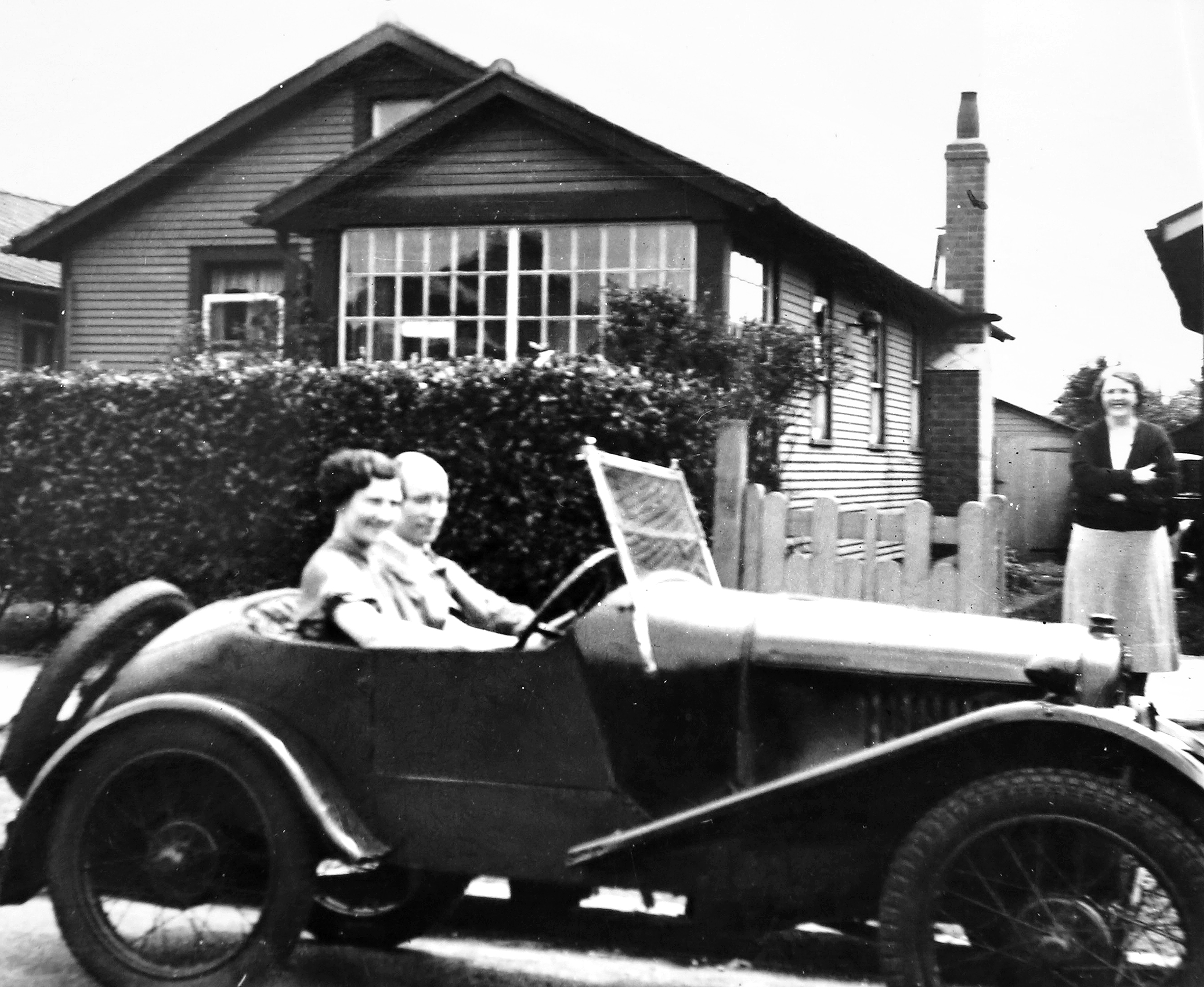 Mr & Mrs White (Rita's parents) outside 8 Central Avenue c.1935