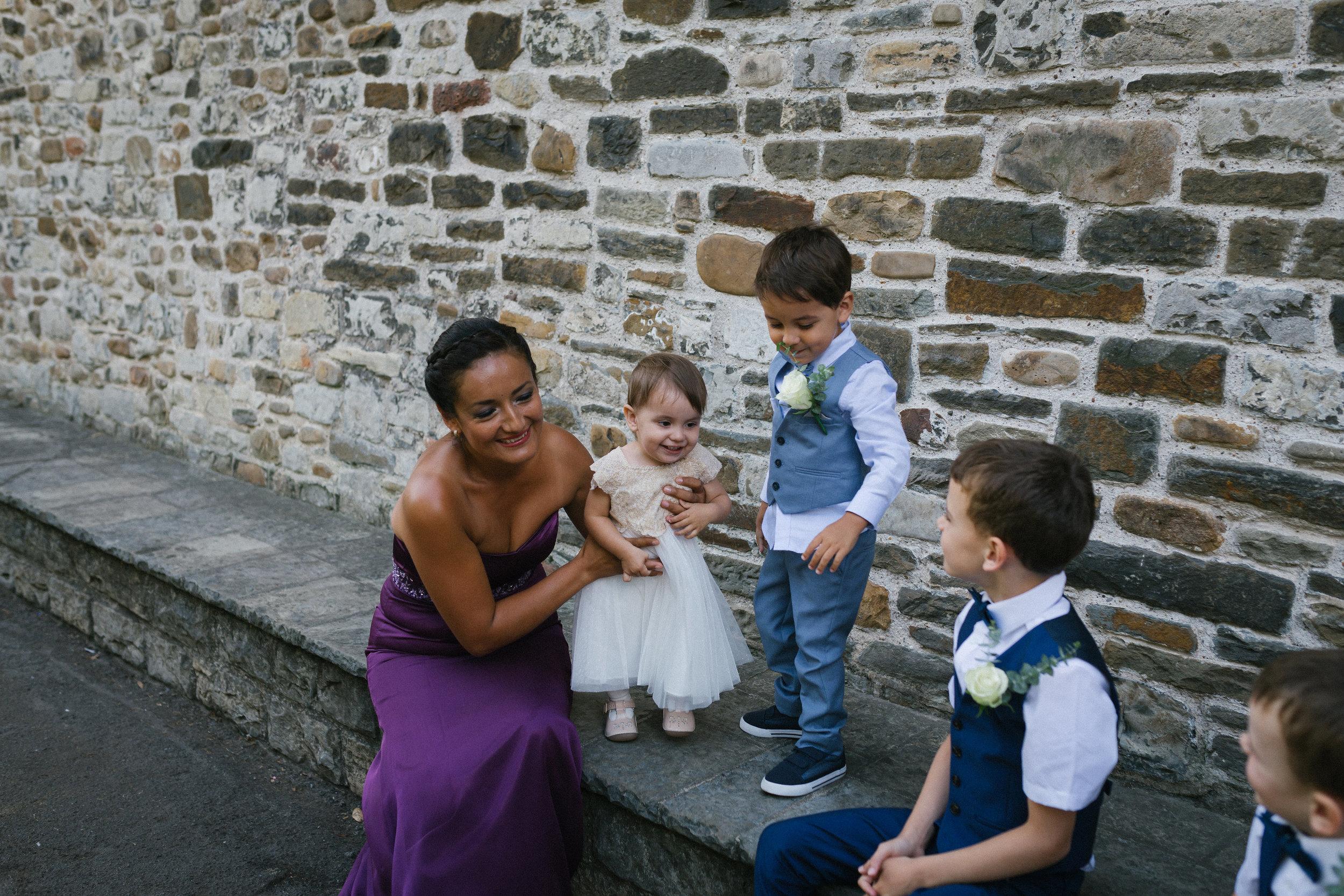 Family enjoying the wedding day