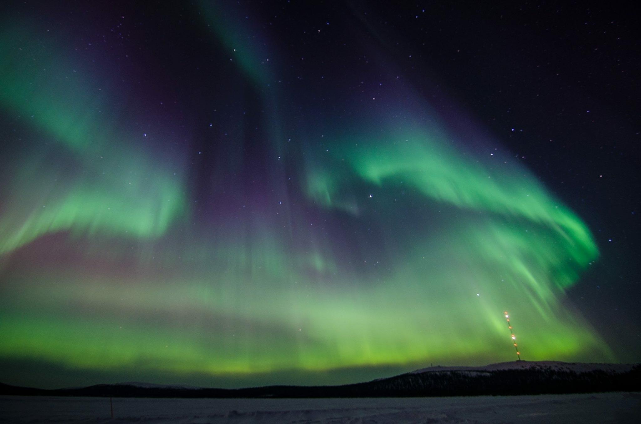 northern-lights-2812374.jpg