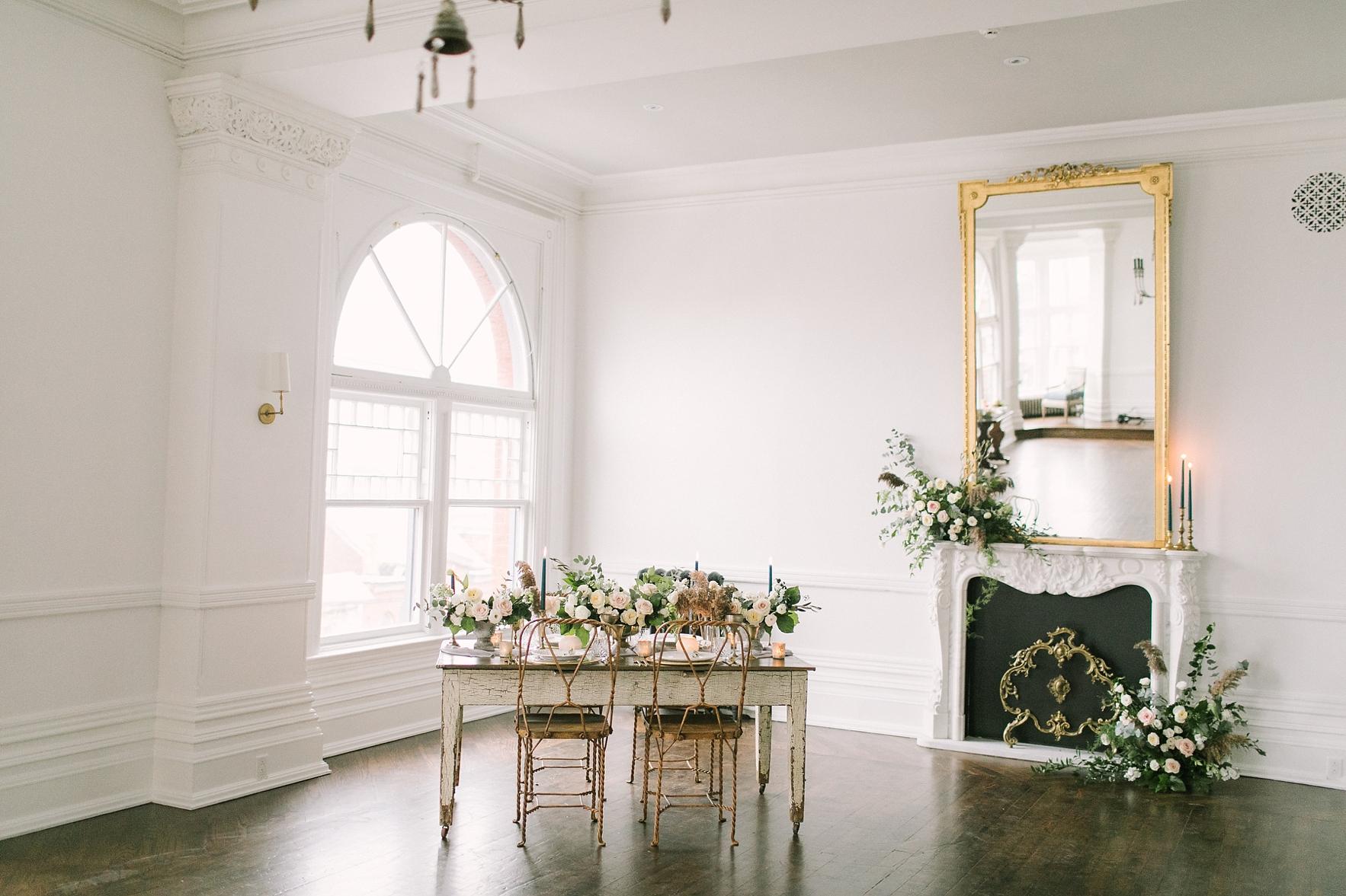great-hall-wedding-florist-toronto-gta_0012.jpg