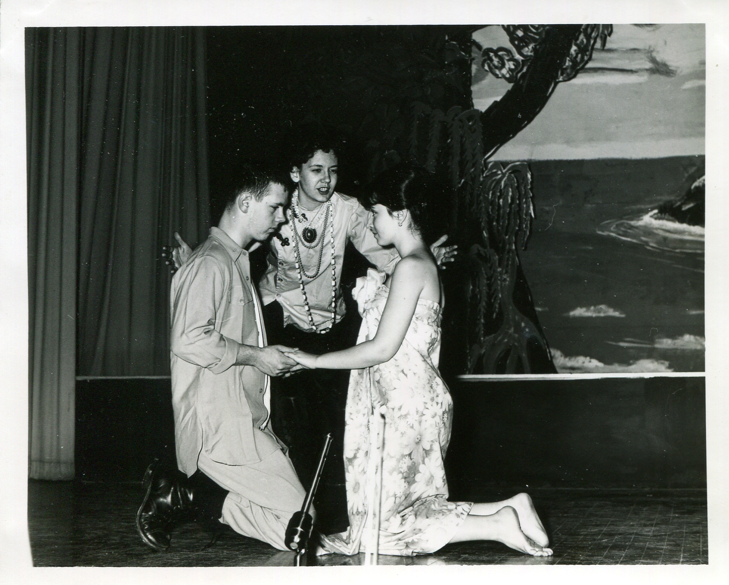 Dianne_SouthPacific_003.jpg