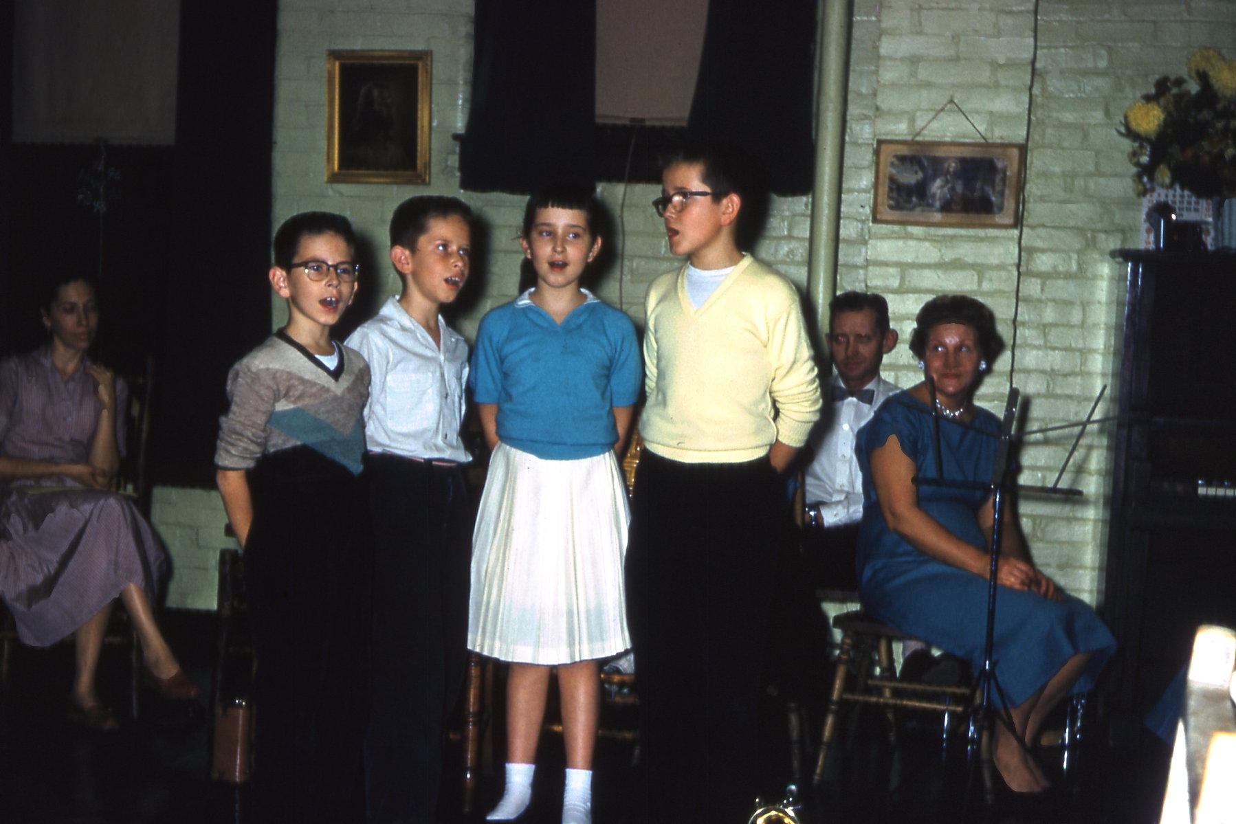 1957 1224-524.jpg