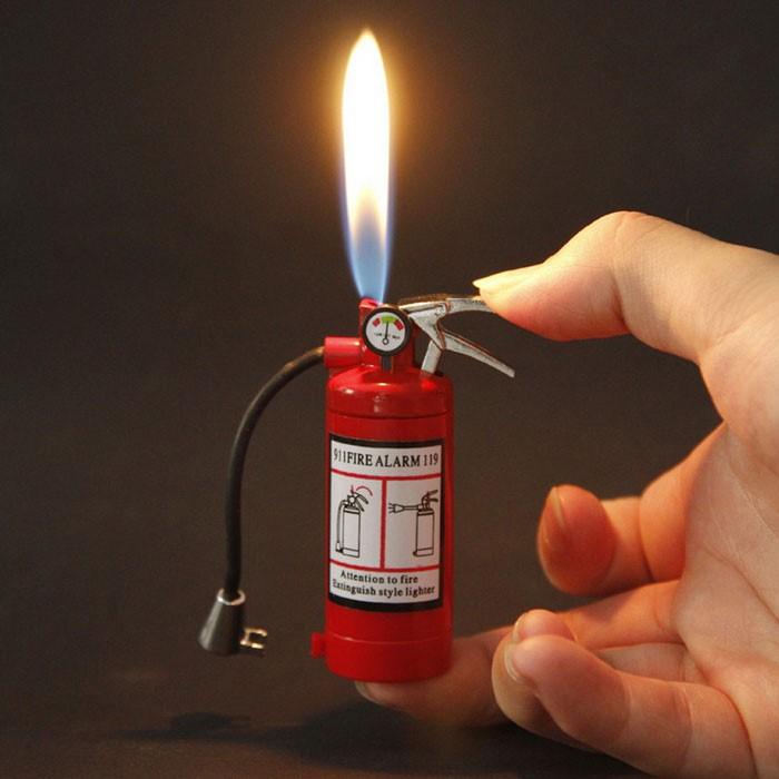 Cute-Mini-Extinguisher-Lighter.jpg