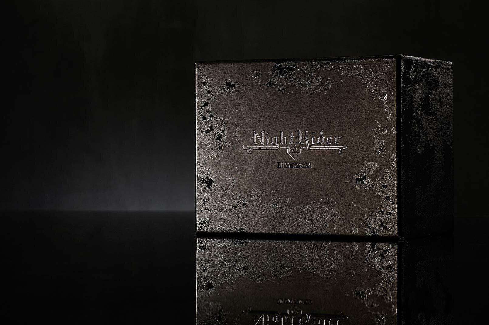 夜间衣服珠宝盒设计 - 包装 - 公司-1.1.jpg