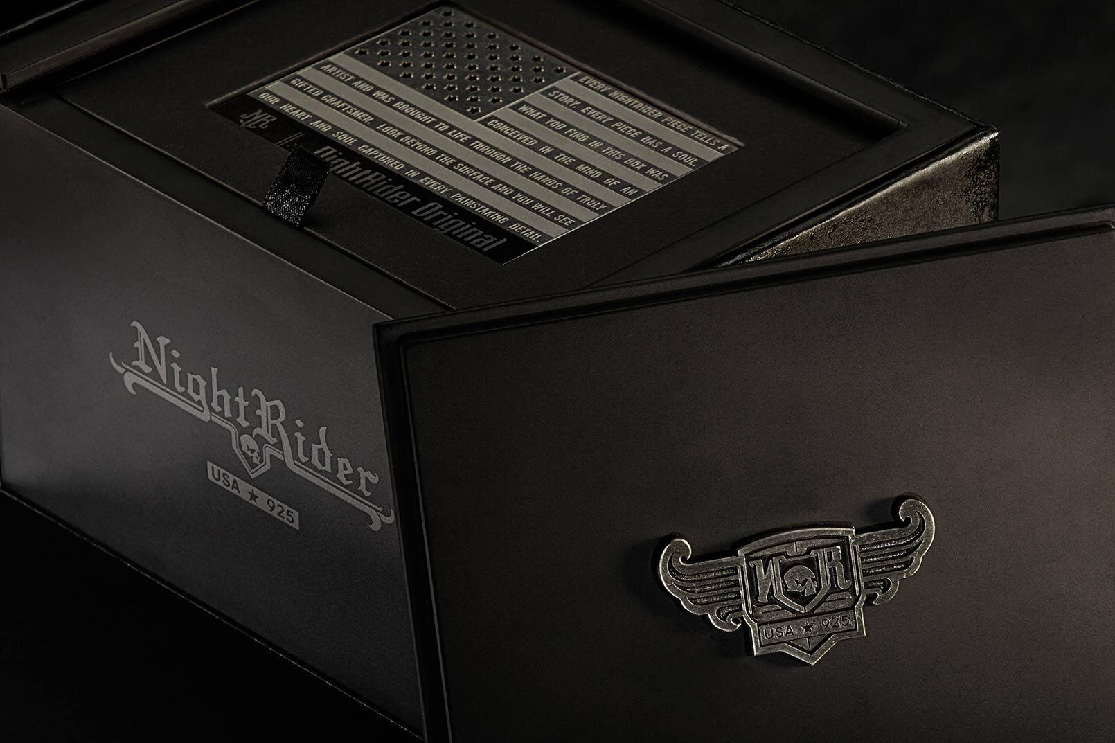 夜间骑士珠宝盒设计包装 - 公司-2.jpg