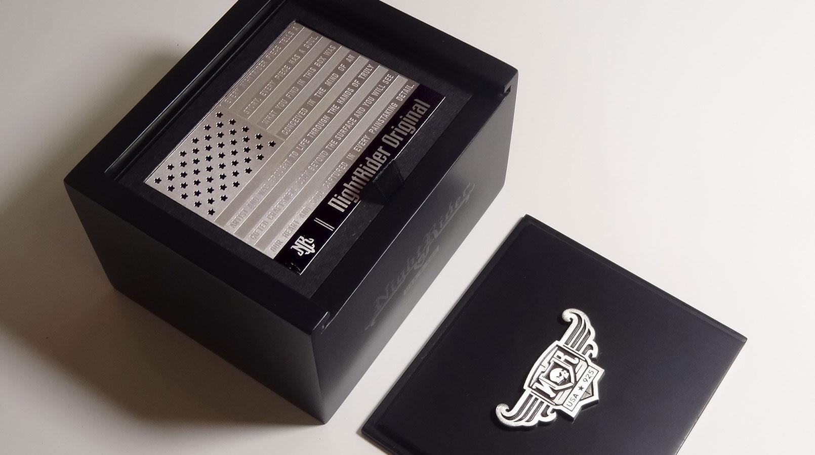 夜间骑士珠宝盒包装 - 公司设计-3.JPG