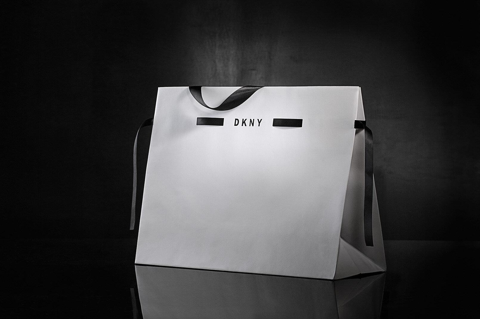dkny_ribbon_closure_cinching_retail_design_packaging_co.jpg.