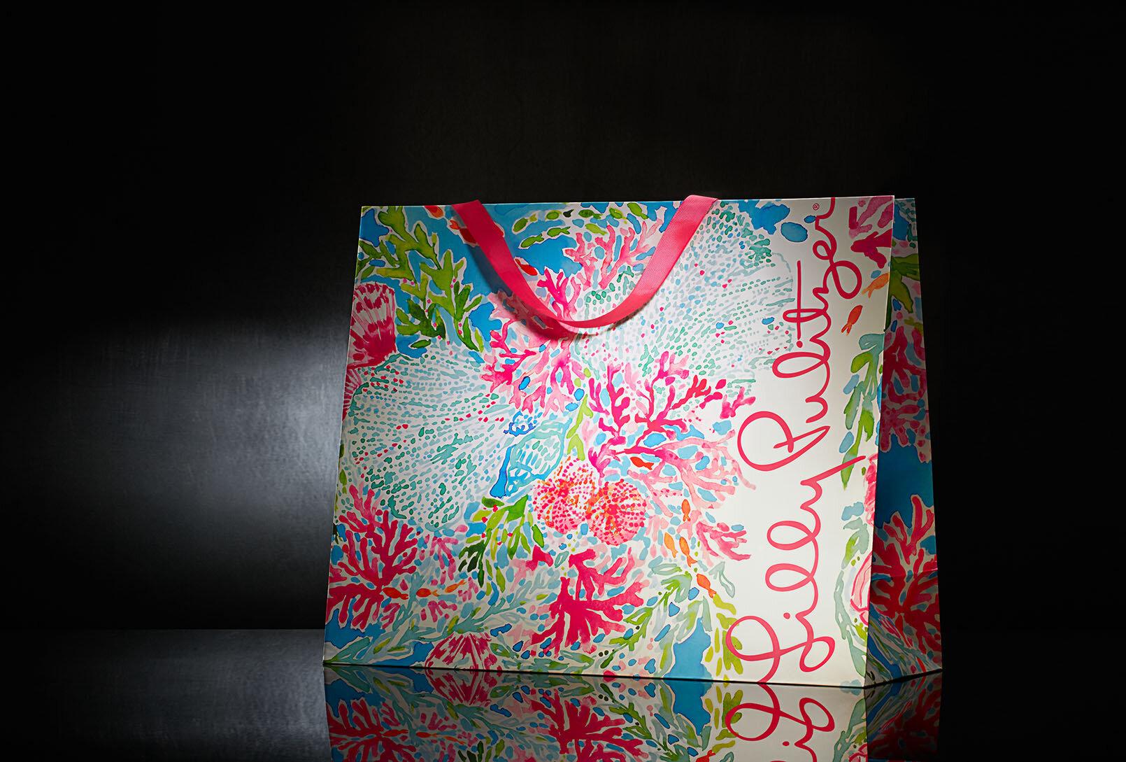 lilly_pulitzer_luxury_retail_design_packaging.jpg.