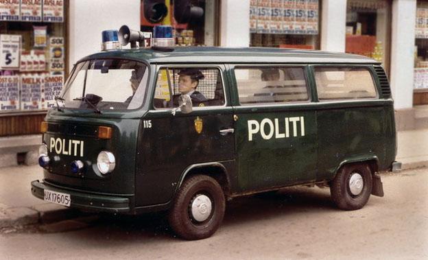 Politibil_i_Oslo.jpg