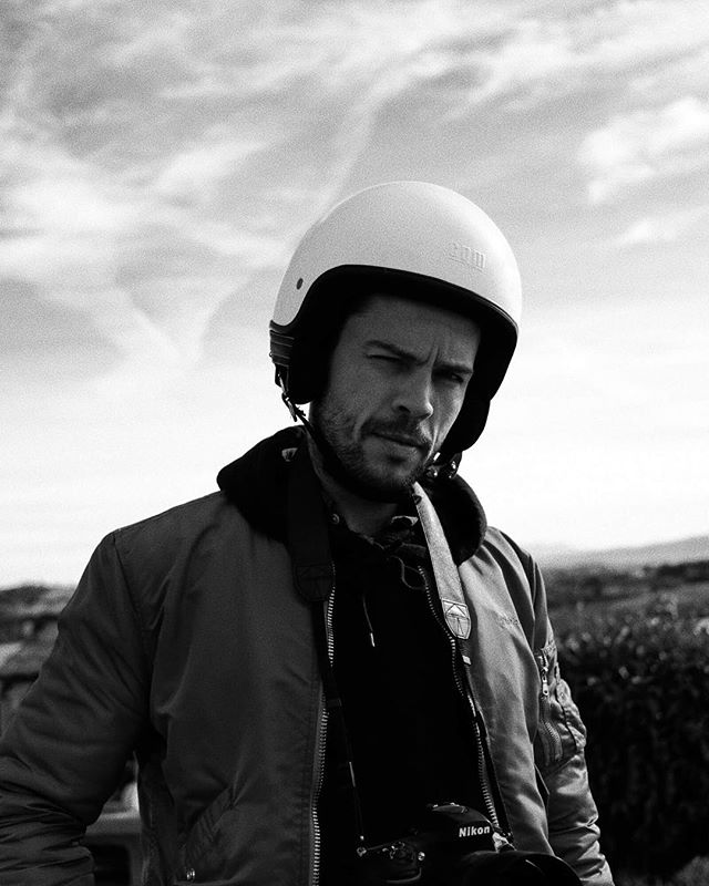 What a week! First of to Sicily to shoot with @pasnormalstudios, then back to Copenhagen for a 4 hour visa pit stop, before heading to Toscana to finish the shoot. After more than 200km on a Vespa with @carlemil_va and some great riders on bumpy, white, dusty gravel roads and 10.000 images shot, I'm looking forward to go home to my girl. #pasnormalstudios #roadtonowhere