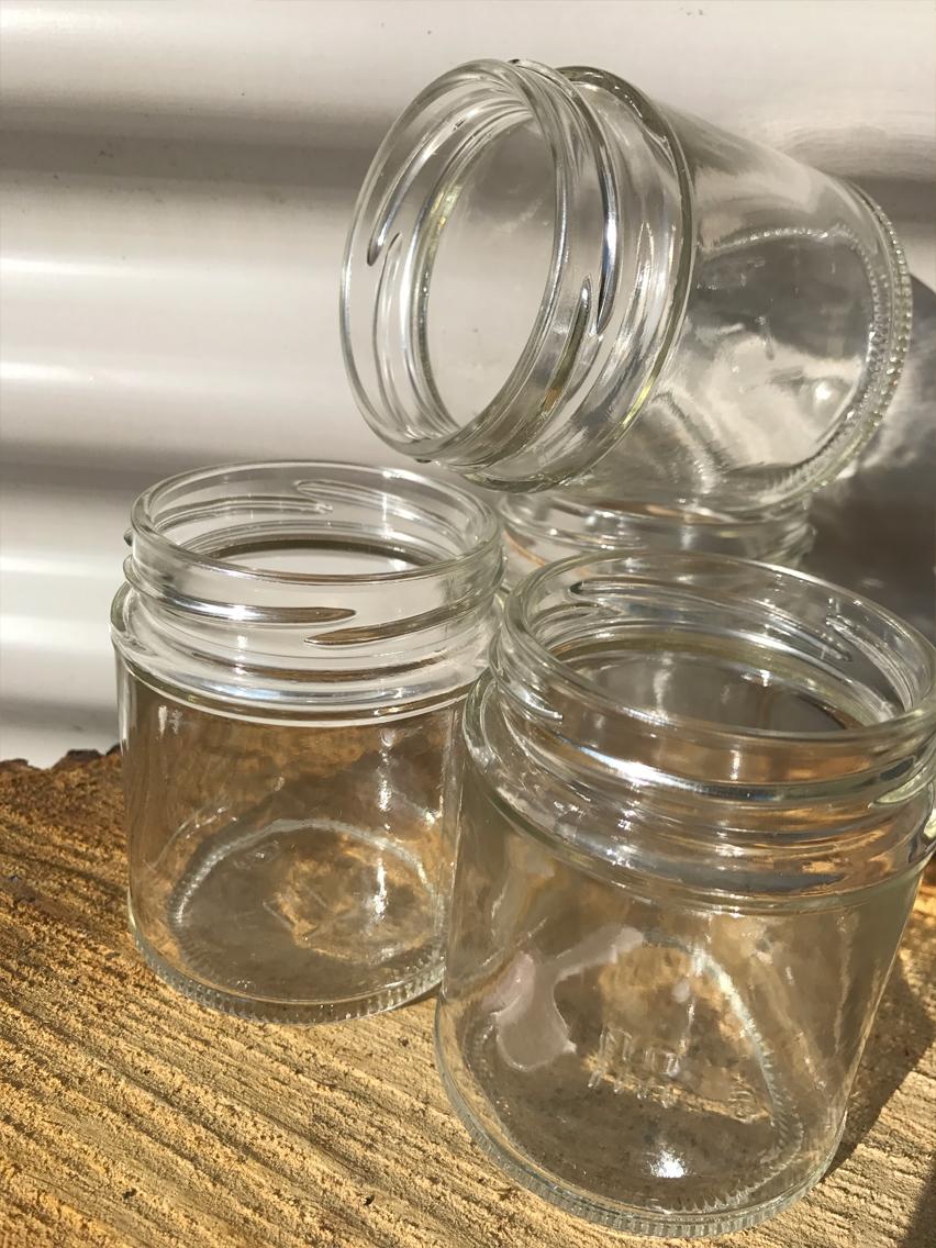 Plain jam jars £0.25P
