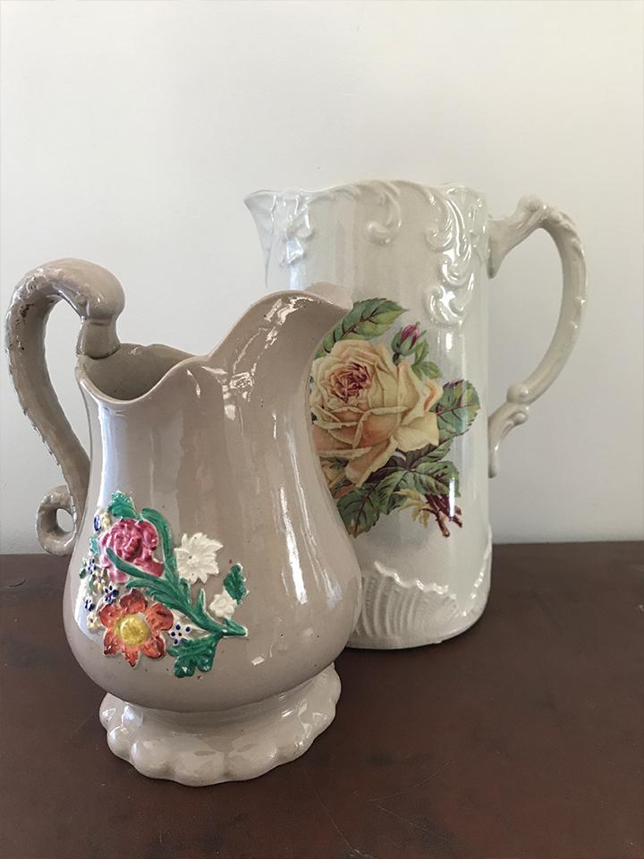 Mixed jugs £4.00