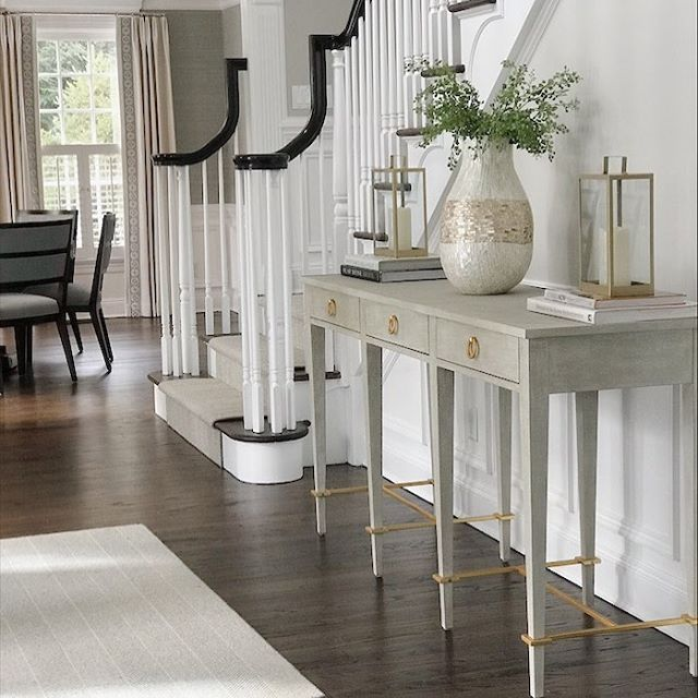 Amazing what a quick trip to @homegoods and @homesense_us can do for an entryway. #interiordesign #interiordesigner #home#homegoodsfinds #homegoods #foyer #entrywaydecor