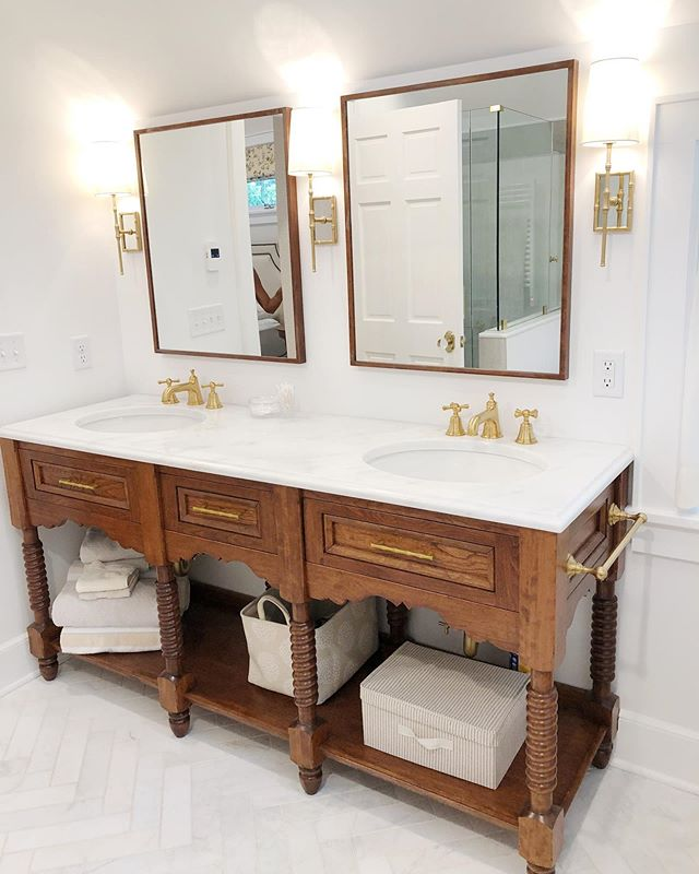 Loving how these custom mirrors and custom vanity turned turned out.  Thank you Spring Street Dezigns. #antiquereproduction #masterbathroom #customvanity #custommirrors #interiordesign