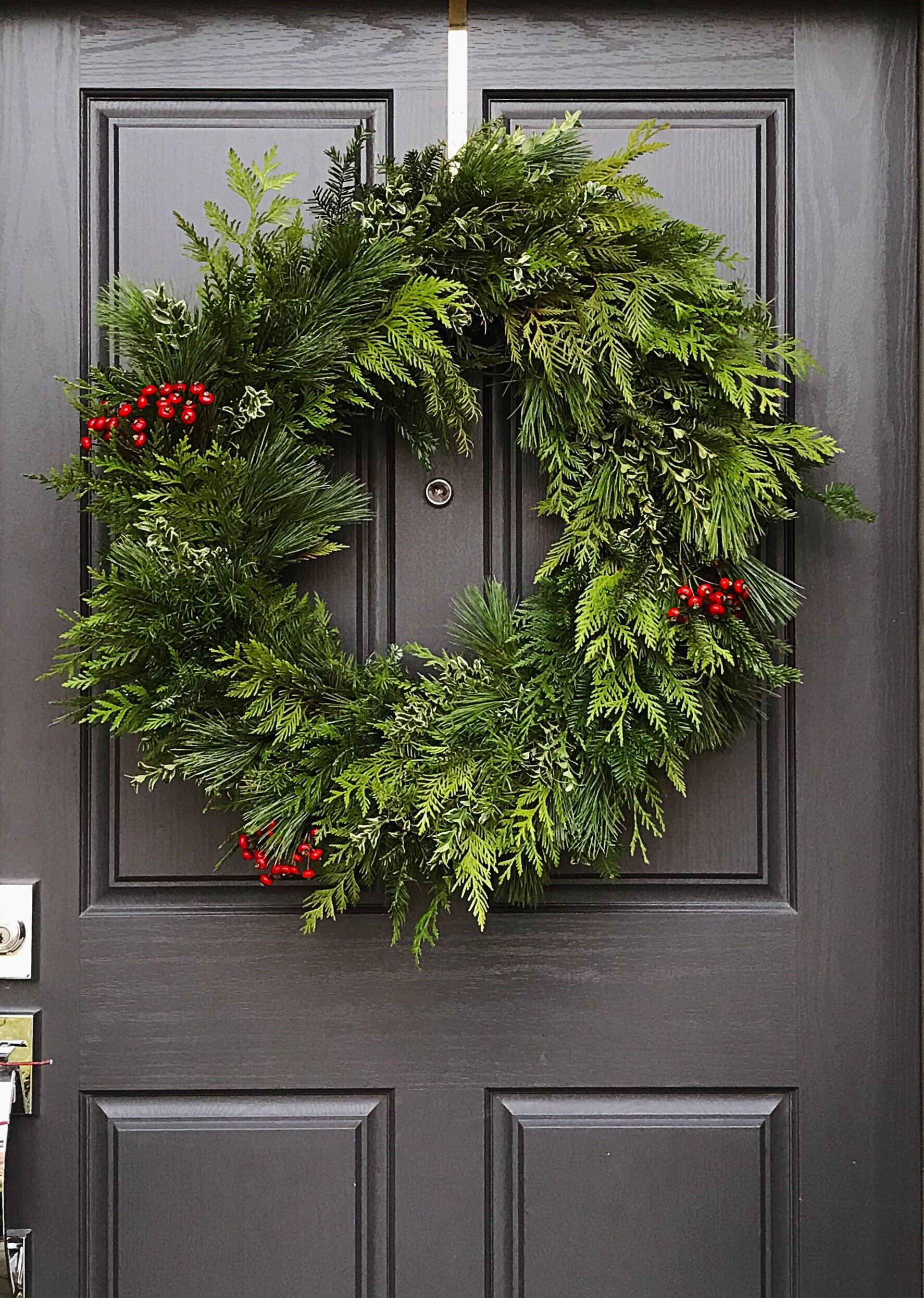 winter wreath 4.JPG