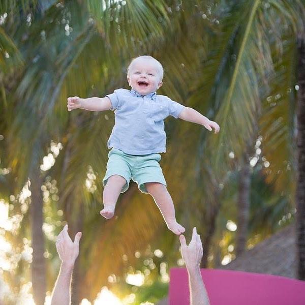 Wheeeeeee!!!!! #islamujeresphotographer #islamujeresfamilyphotographer