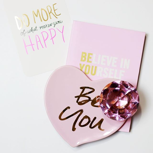 I think you see a theme going here on my page! I'm surrounding myself with positivity, so don't mind if I do!😅 if I could give advice to my fellow business owners I would say this, be you!  When I started out in business I tried to do what everyone was doing. As a matter of fact I threw everything, all the strategies at my business hoping that one or a few would stick and work. But I realize (and now teach) that no two business are alike (they shouldn't be!) and so the way you approach business should not be exactly like someone else approaches their business. Ever since I adapted that way of thinking, I've started to see amazing progress in my business and my life. I step outside of the box. I push boundaries. I challenge the norm. I run from status quo. Because that's not who I called to be. Being you means doing you. Stop looking at everyone else business (or life) and FOCUS on doing you. xoxo Gabrielle