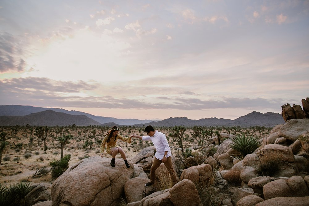 Joshua Tree Engagement shoot_0012.jpg