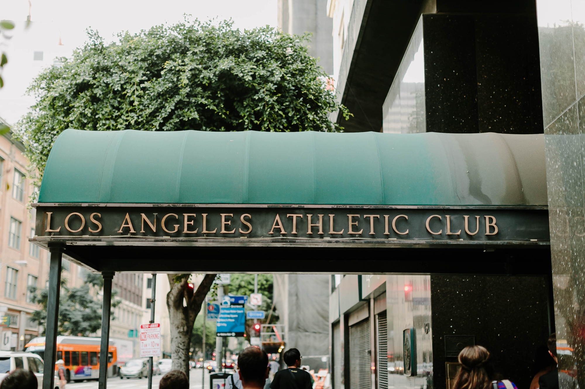 01_Joann + Eric Wedding-185_los_athletic_club_wedding_angeles.jpg