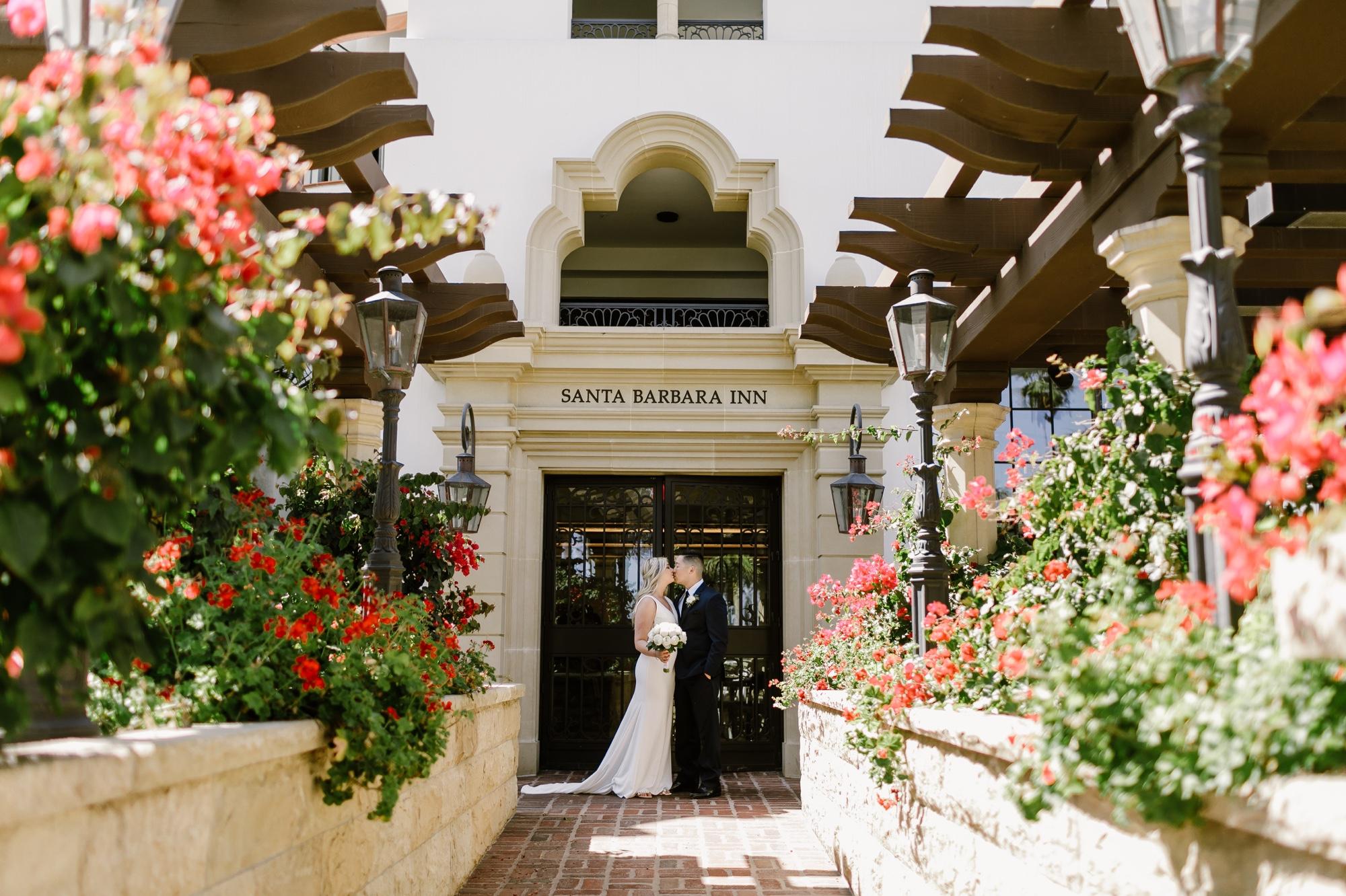 16_Ally and Tommy's Wedding-35_wedding_inn_barbara_california_portraits_hotel_santa.jpg