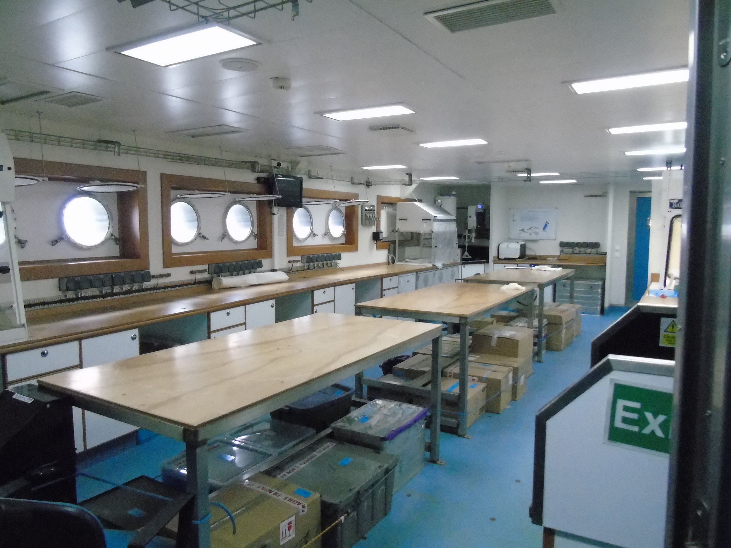One of the dry labs on board the  Discovery .