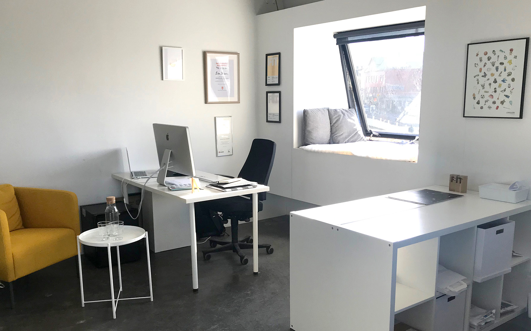 Nielsen Design Studio. Hafnarstræti 20. 101 Reykjavík.
