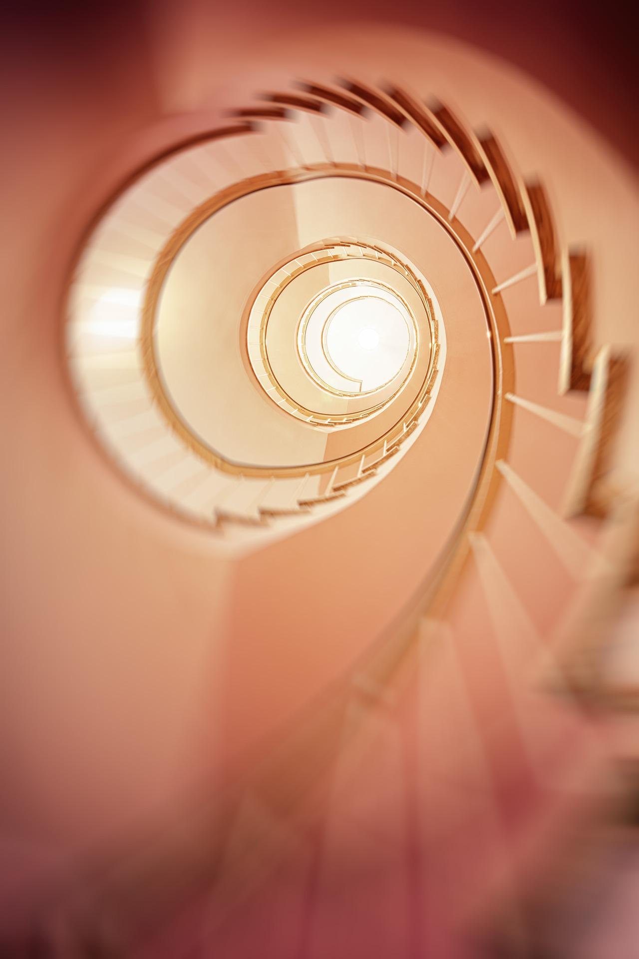spiral-staircase-3401730_1920.jpg