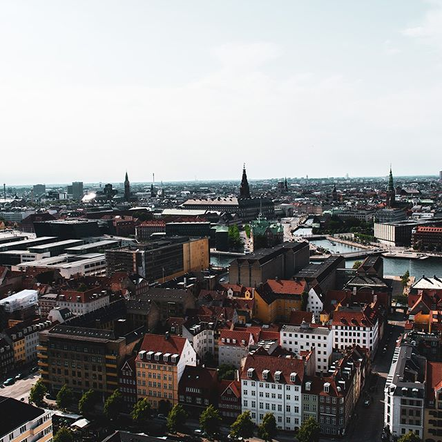 We want to share our inspiration with you!⌚️🏙  Our watches are inspired by Copenhagen, and therefore we want to share this inspiration with our followers and show the thoughts behind some of our watches. 😎