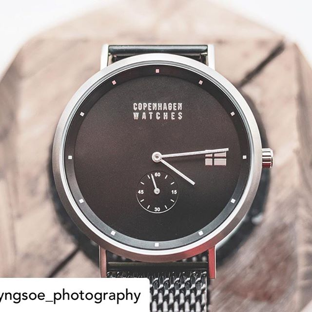 Credit and thanks to @lyngsoe_photography  for this amazing pic! You can find all of our watches in our link in bio✌️ . . . #copenhagenwatches #watch #exclusive #danish #design #watchesofinstagram