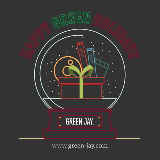 Here at Green Jay, we desire that everybody have an incredible holiday season full of love, peace and a lot of laughs! . . . . #holiday #holidayseason #love #peace #december #gift #holidaygift #bestwishes #friends #family #snowball #snowballglass