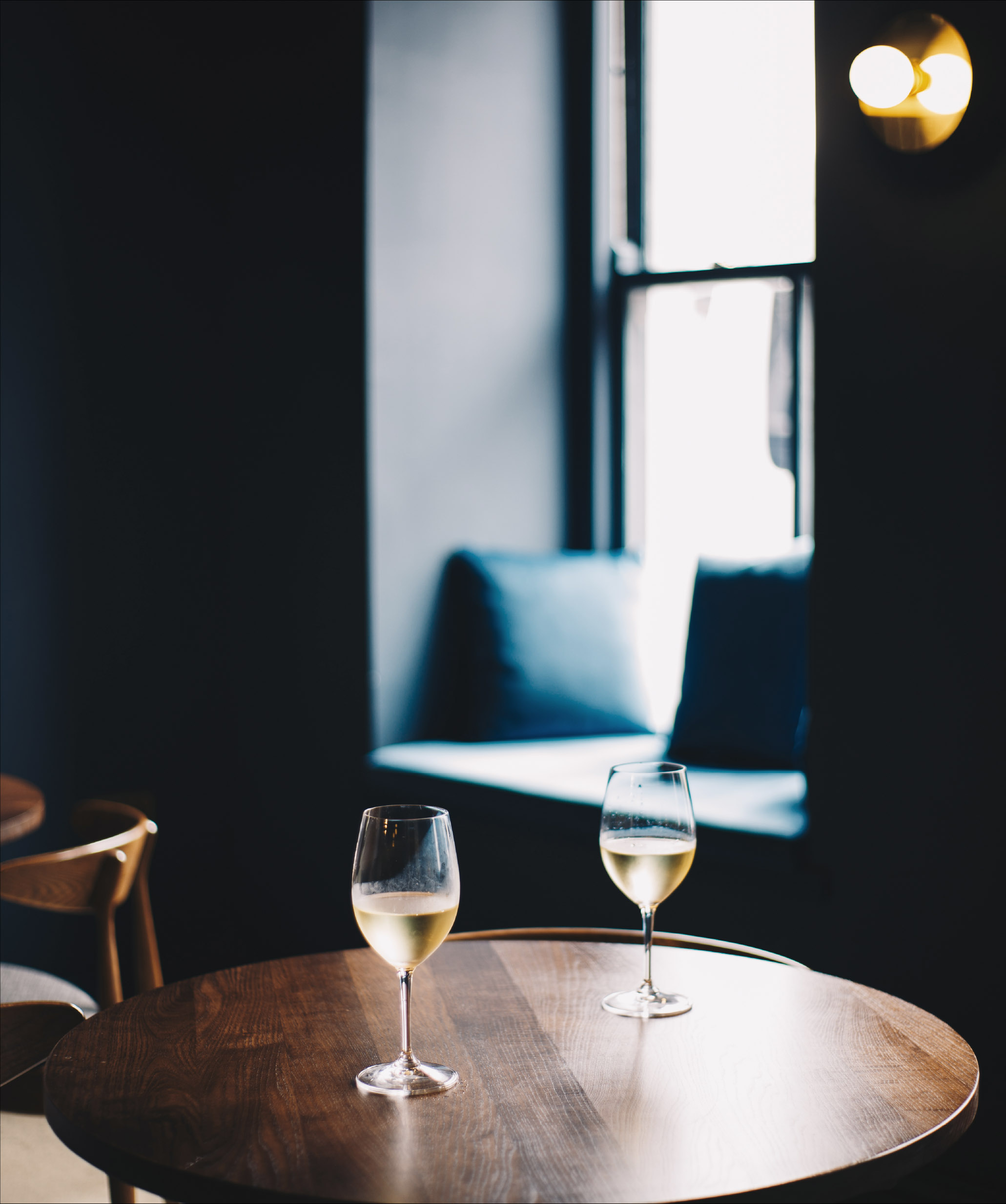 caroy-house_skye_hotel-bar_wine.jpg